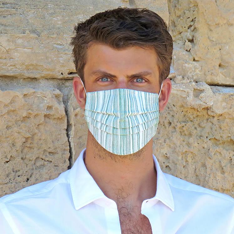 Handgenähter Mund- und Nasenschutz, olivegrün