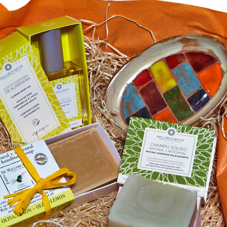 """Everything Orange"" gift box"