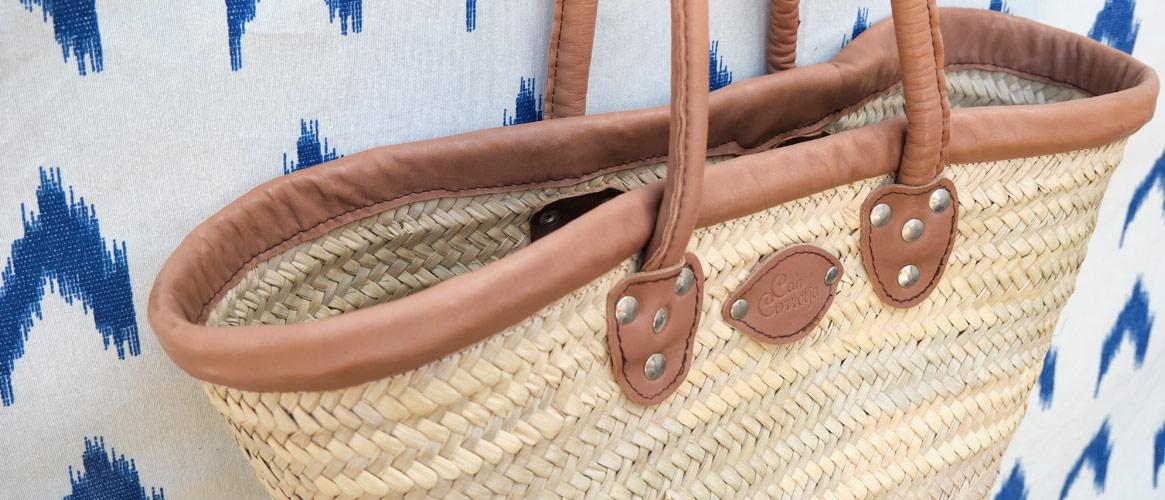 Traditioneller Llatra Flechtkorb mit Lederbesatz