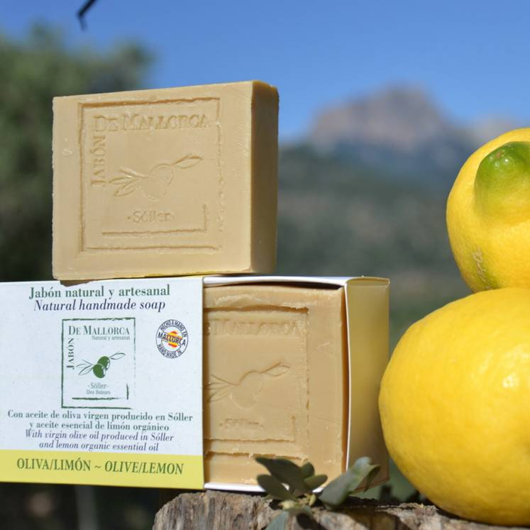 Jabón de Mallorca olive oil soap with lemon