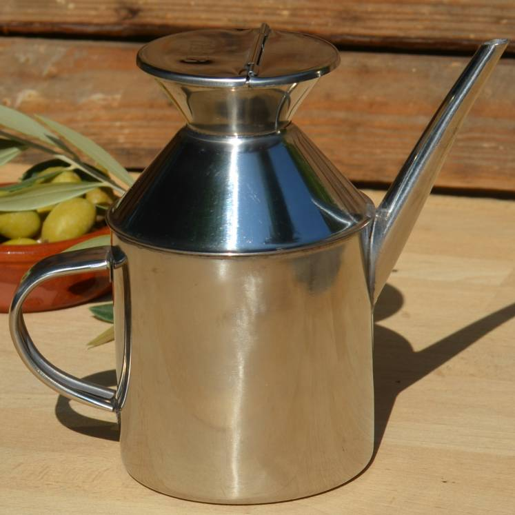 Stainless steel jug for olive oil
