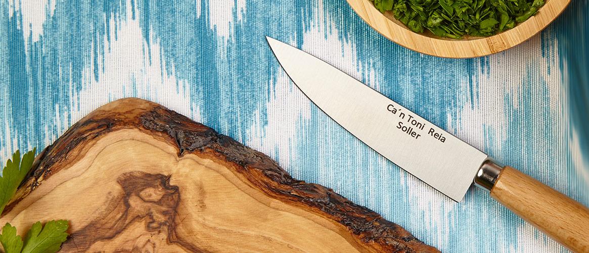 Carbon steel Mallorcan knife