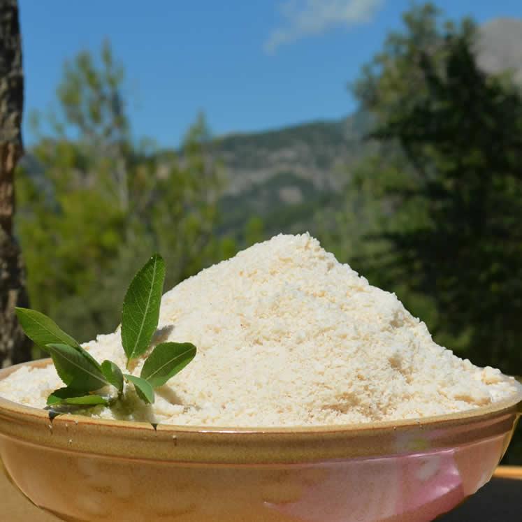 Camp Mallorquí Mandel süß roh gemahlen
